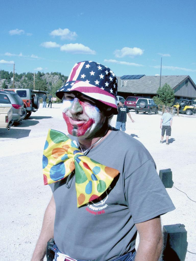 Steve_clownsuit