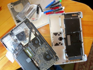 spudger, Macbook, keyboard replacement